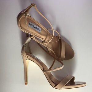 {Steve Madden}• Blush Pink Strappy Heels